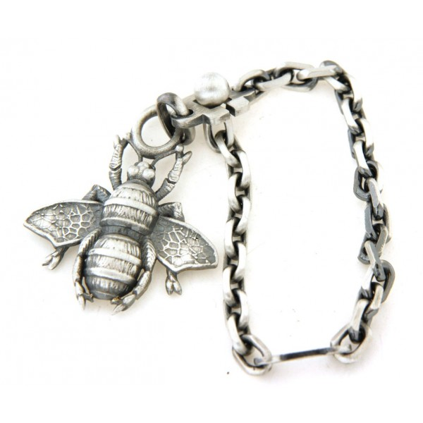 Porte clés abeille en argent vieilli